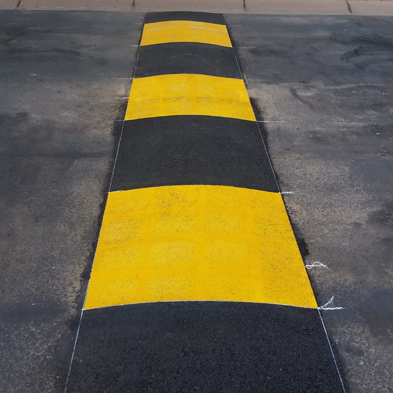 New speed bump with large square yellow markoings